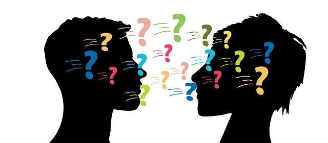 Rozmowy na Tindrze a rozwój znajomości